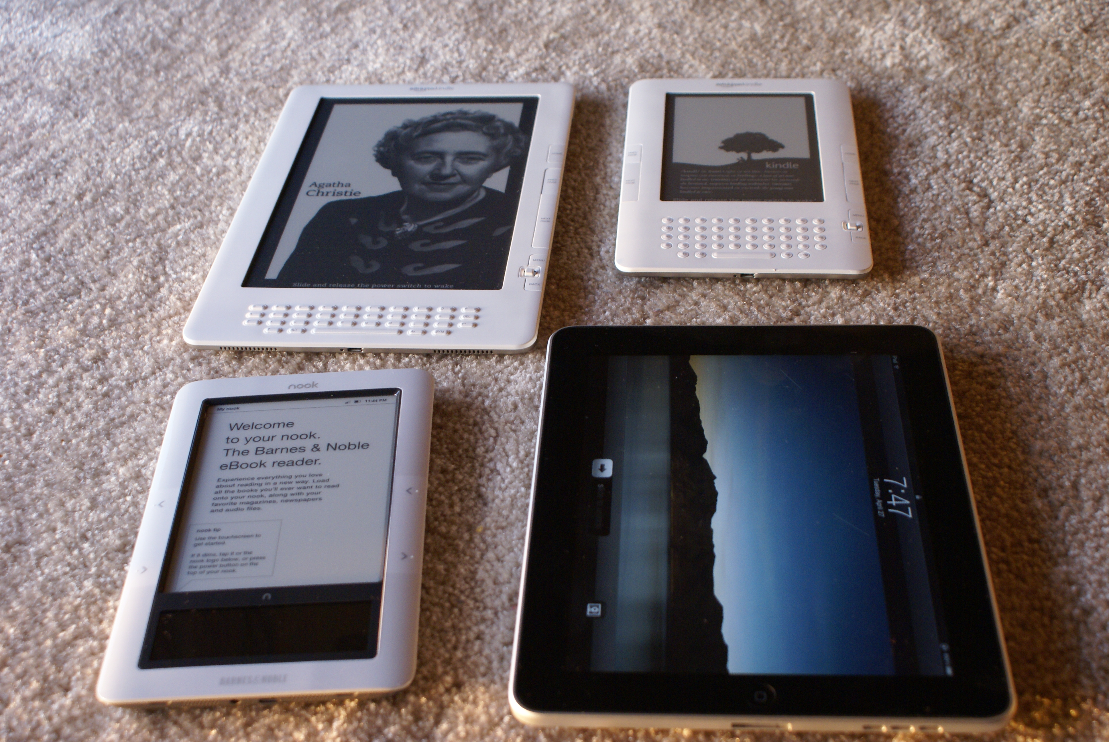 Curiosity About Nook And Kindle
